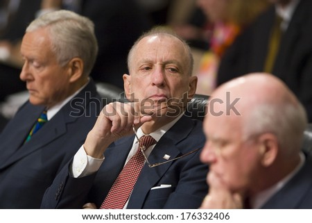 WASHINGTON, DC, USA - U.S. Senator Arlen Specter (R-PA), center, during confirmation hearings for U.S.  Supreme Court nominee  Judge John G. Roberts Jr. 13 September 2005