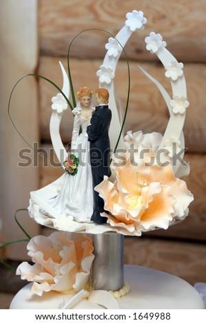 Wedding cake couple - stock photo