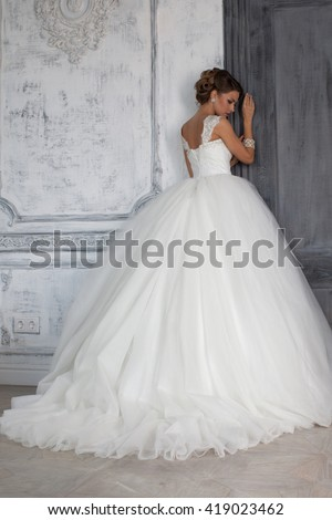wedding dress in paris bride a luxury apartment his the girl luxurious suites