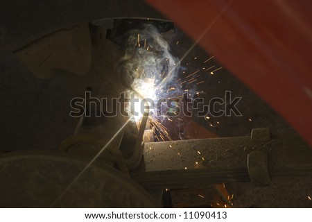 Welding on the axle of a 4 wheel drive vehicle that broke a shock mount