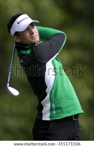 WENTWORTH, ENGLAND. 22 MAY 2009.Lee SLATTERY ENG  playing in the 2nd round of the European Tour BMW PGA Championship. - stock photo