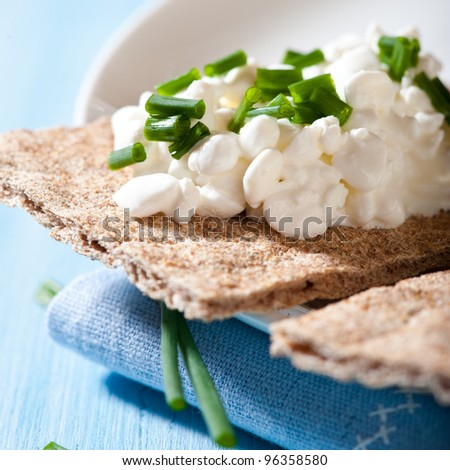 Wholemeal Crispbread with Quark