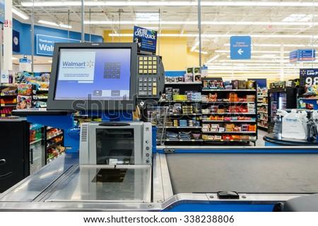 WILLIAMSBURG, VA, USA - CIRCA AUGUST 2015: Empty till in a Walmart supermarket - stock photo