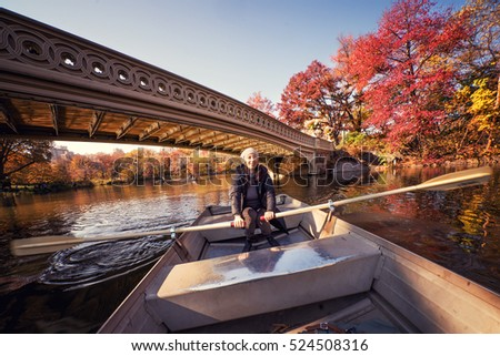 woman in the boat in central park