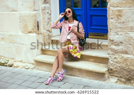 Clutches Stock Images Royalty Free Images Amp Vectors