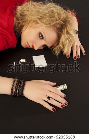 Woman with overdose on a tableau of cocaine
