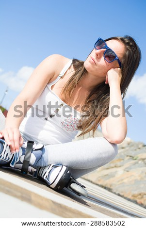 woman with roller skate