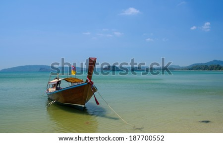 Wood Boat on the sea