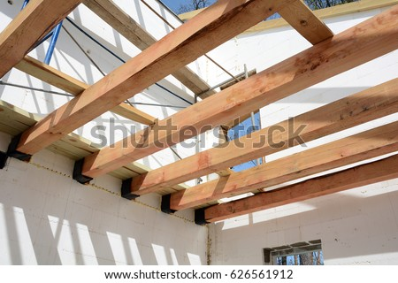 Wooden Roof Construction. Construction Of Frame Houses From Thermoblocks.  Installation