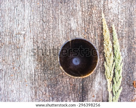 Wooden wine grass