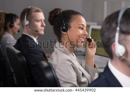 Work of consultants in call center