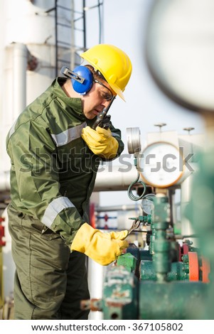 Worker produce oil