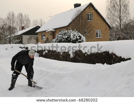 Working man with snow