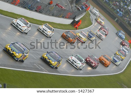 World touring cars on starting grid at Brands Hatch