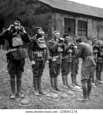 World War I, American soldiers being instructed in the use of gas masks, 1917