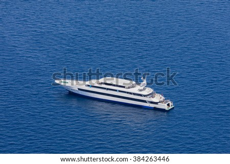 Yacht from aerial view, Maldives