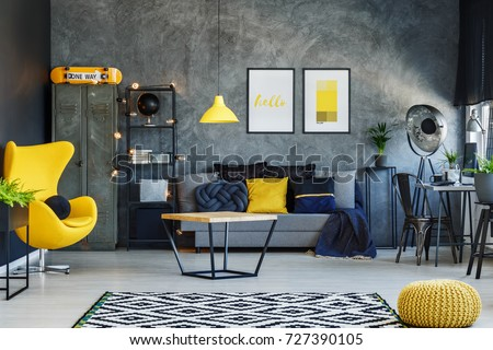 Yellow Lamp Above Table Living Room Stockfoto Lizenzfrei 48 Cool Living Room W Design