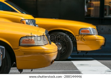 Yellow Taxi in traffic, New York City