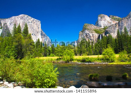 Yosemite Valley with El Captain Rock and Bridal Veil Falls in Yosemite National Park,California