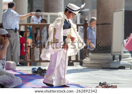 Young boy wearing a typical turkish dress, Istanbul - 14/06/2014