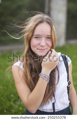 young-blond-cute-teen-girls-thiessen-seductive