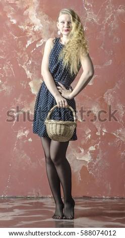 Блондинка в чулках фото с россии фото 339-842