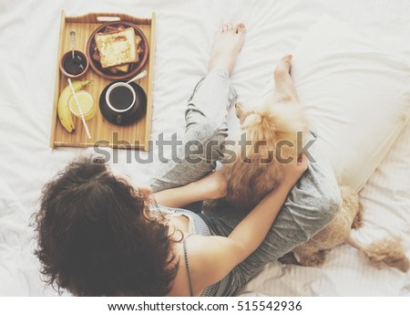 Young Woman Her Dog Bed Breakfast Stock Photo 515542933