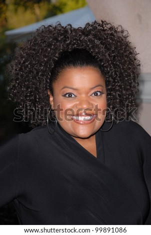 Yvette Nicole Brown  at the NBC Universal  Press Tour All-Star Party, Langham Huntington Hotel, Pasadcena, CA. 01-13-11