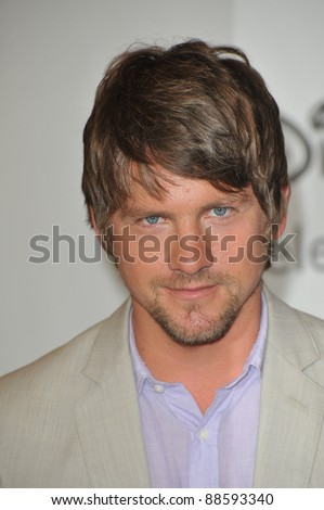 "Zachary Knighton - star of ""Happy Endings"" - at the Disney ABC TV All Star Mixer at the Beverly Hilton Hotel, Beverly Hills, CA. August 1, 2010  Los Angeles, CA Picture: Paul Smith / Featureflash"