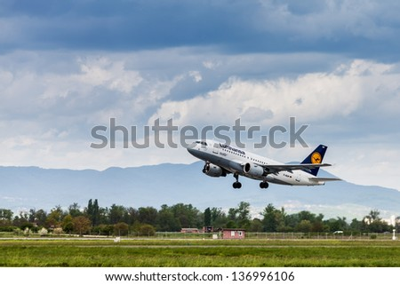 ZAGREB, CROATIA - APR 23: Lufthansa Airbus A319-100 taking off from Pleso Airport on April 28, 2013 in Zagreb, Croatia. Lufthansa is founder of Star Alliance, world's largest airline alliance.