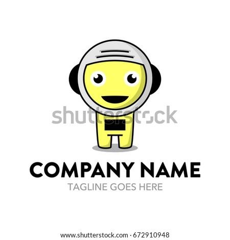astronaut logo template stock vector 672910948 shutterstock