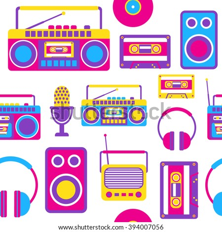 Vector Seamless Pattern with Retro Media technology, flat icons set of radio, cassette, tape recorder, microphone, headphones